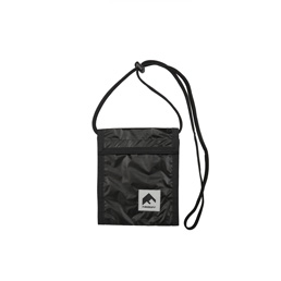 Flagstuff Nylon Pass Case Black