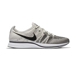 Nike Flyknit Trainer - Pale Grey/Black White
